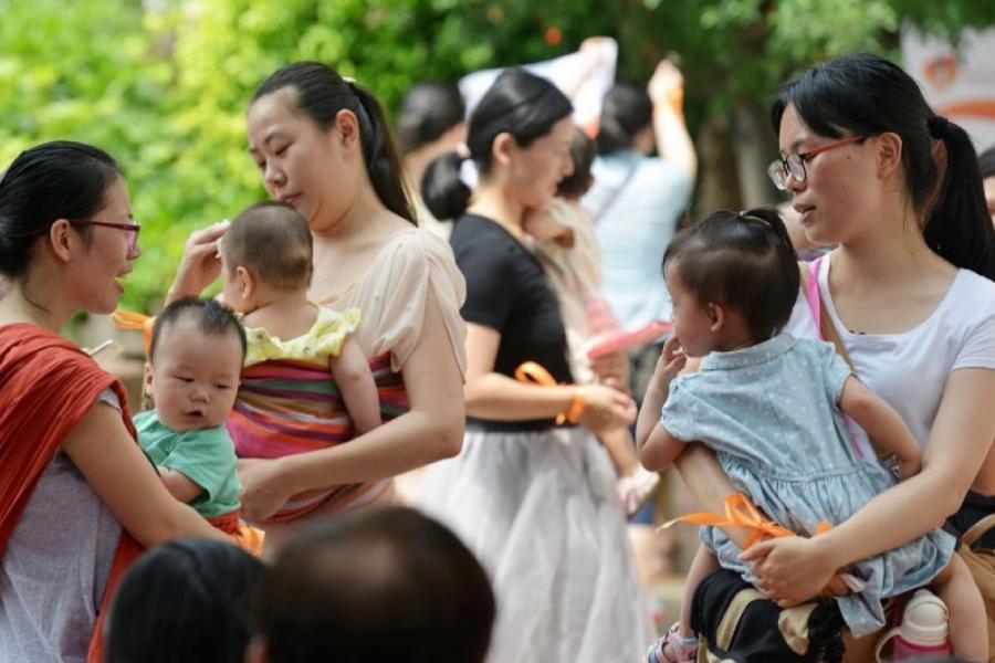 中國較早前推出的國民辦教育促進法,規定社會資本不得通過兼併收購的方式控制國有資產或集體資產舉辦的幼兒園。