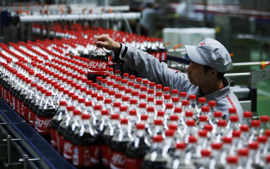去年中國食品以及太古(00019)旗下太古飲料得以瓜分可口可樂原有的業務,市場分額從33%增加到50%。