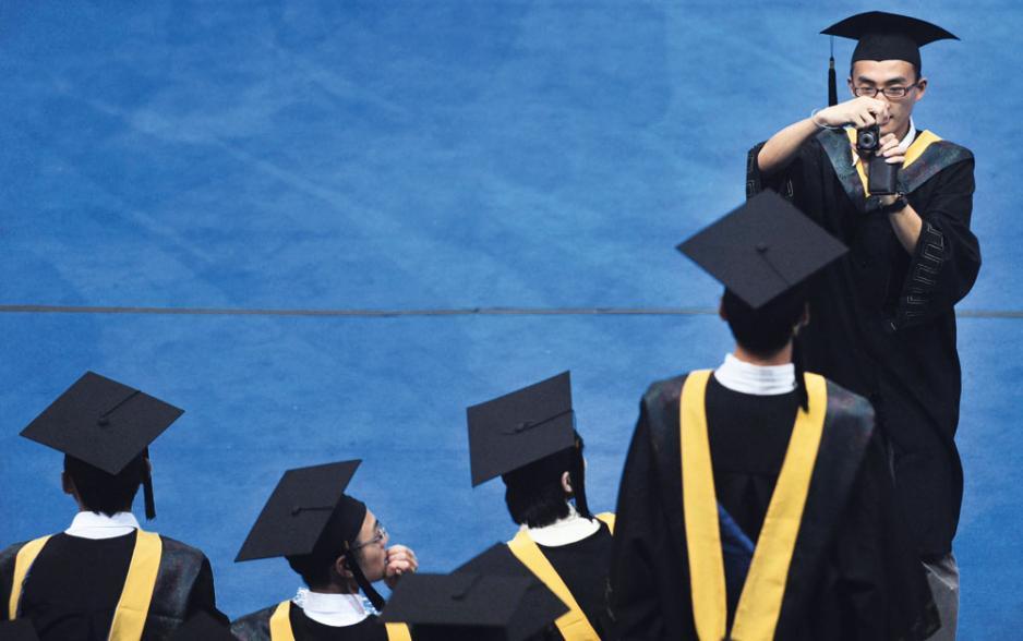 高校畢業生今年創歷史新高,但就業情況還算理想。