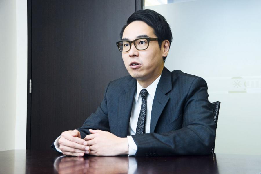 有傳君陽證券被證監人員駐守寫字樓兩日,圖為君陽證券行政總裁鄧聲興。