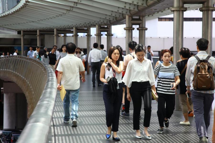 香港低稅率的吸引力已大不如前,長遠競爭力已經敲響警號。