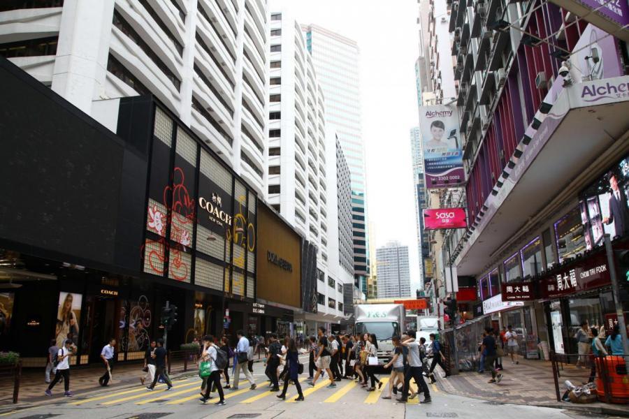 零售業好轉,上半年有不少零售商搶租一線街道舖位,消化大量吉舖。