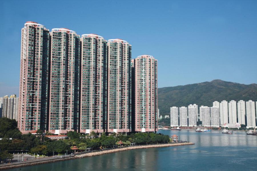 青衣盈翠半島一2房戶以近千萬成交。