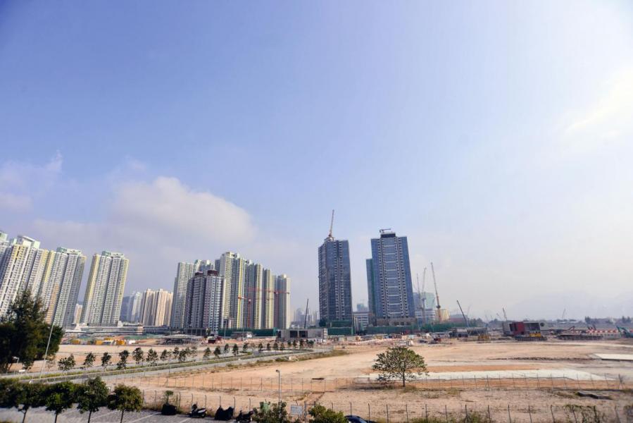 發展局公布第2財季僅推出2幅賣地表住宅地,分別是九龍東啟德及屯門區,合共提供1,350伙。