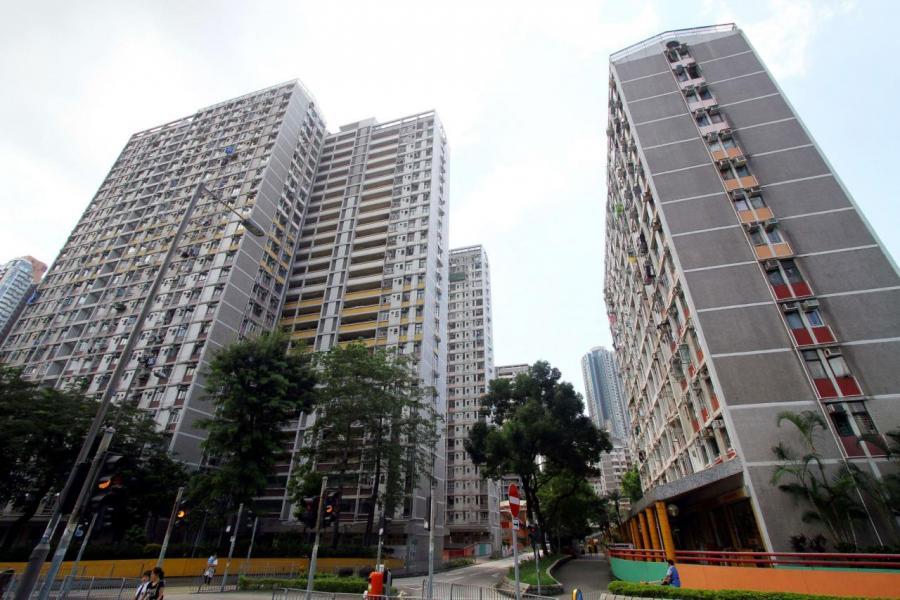 黃大仙東頭(二)邨最近一宗成交較市價低逾四成,呎價屬屋苑逾兩年新低。
