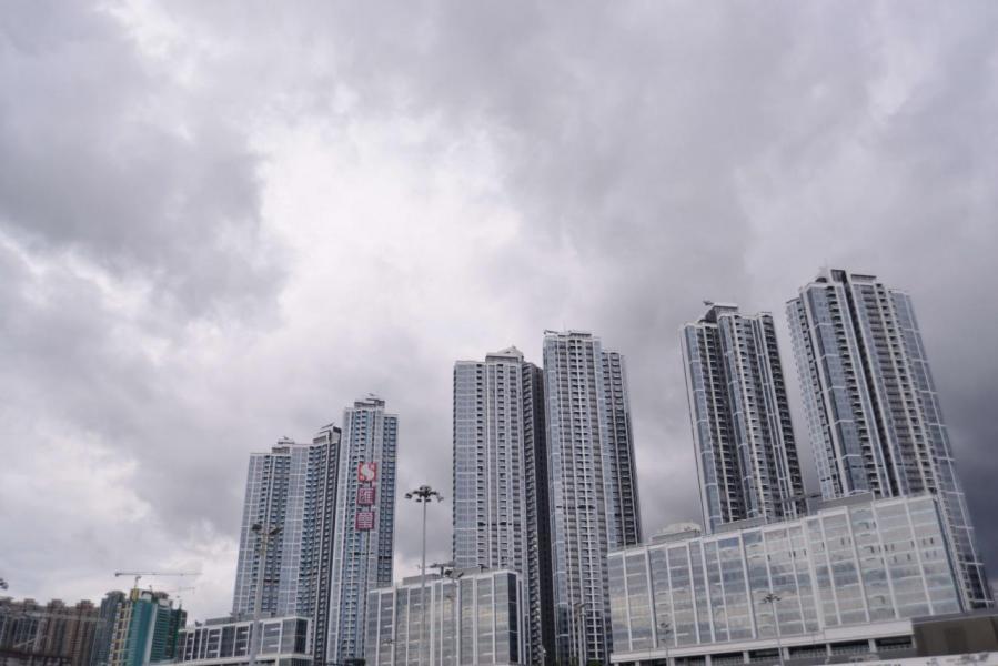 匯璽III屬項目第5期發展,共建有3幢高座分層大廈。