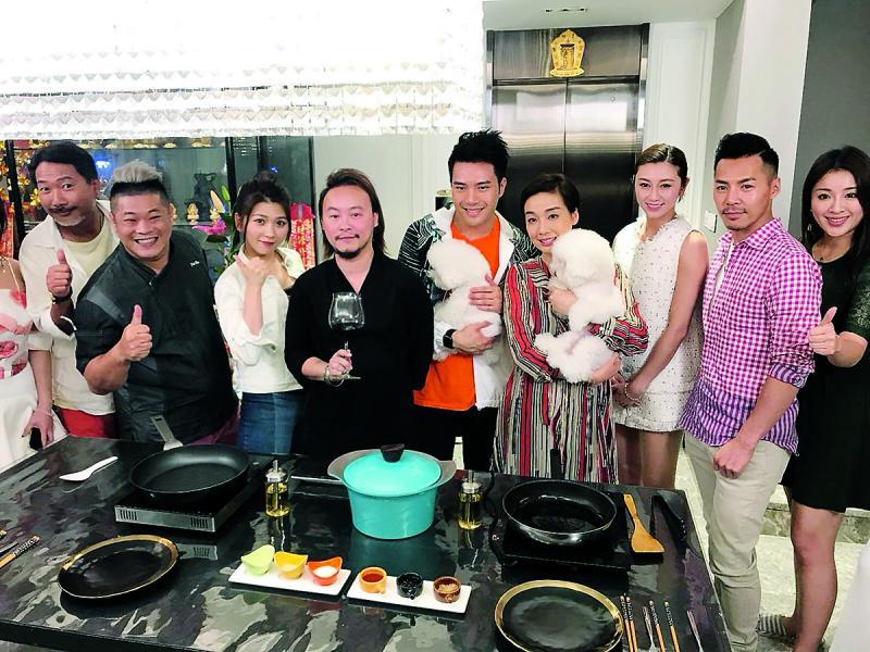 黎偉業博士與江美儀、陳浚霆主持的飲食節目《The CEO's Kitchen董事廚房》,期望增加慈善活動的號召力。