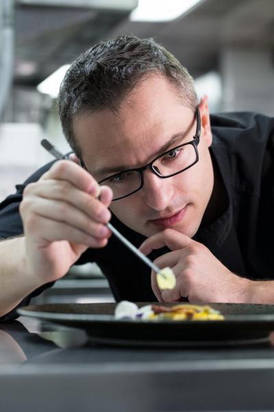 安俊華﹝Andrea Burzio﹞被委任為新任九龍香格里拉大酒店的Angelini意大利餐廳總廚。