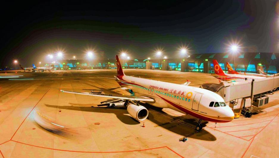 成都機場擁有83條國際航線。