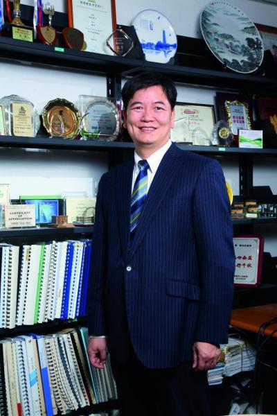 橫琴駐港機構首席聯絡官黃敬表示,該機構要立足香港,開拓世界,將橫琴的優勢推介給境外投資者。