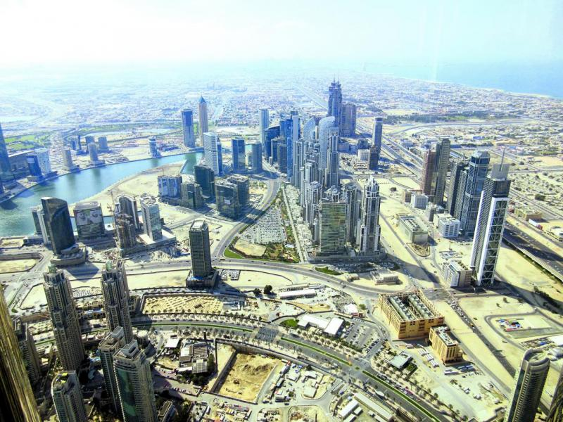 杜拜人口急增,房地產需求殷切。