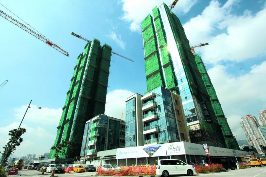 本港樓市近年持續向上,從事地產投資和管理多年的高廣垣分析,香港地產市場十分特殊,在世界找不到第二個,資金不斷從四方八面湧來,其中主要是來自內地資金,令樓市易升難跌。