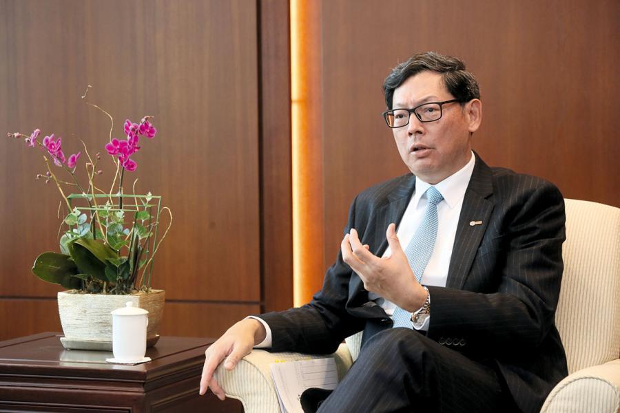 香港金管局總裁陳德霖認為傳統金融業不會被金融科技所顛覆。