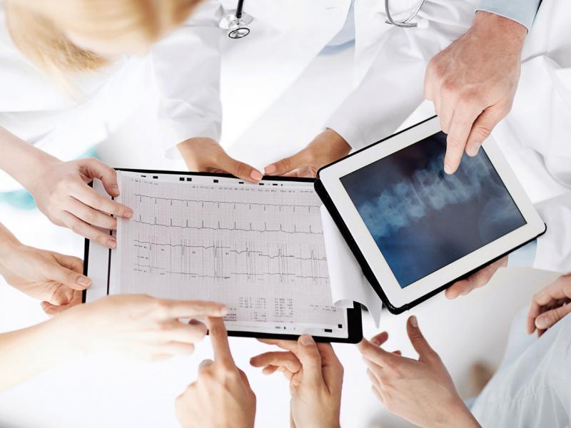 大數據醫療成趨勢,很多診療步驟都可透過移動裝置進行。