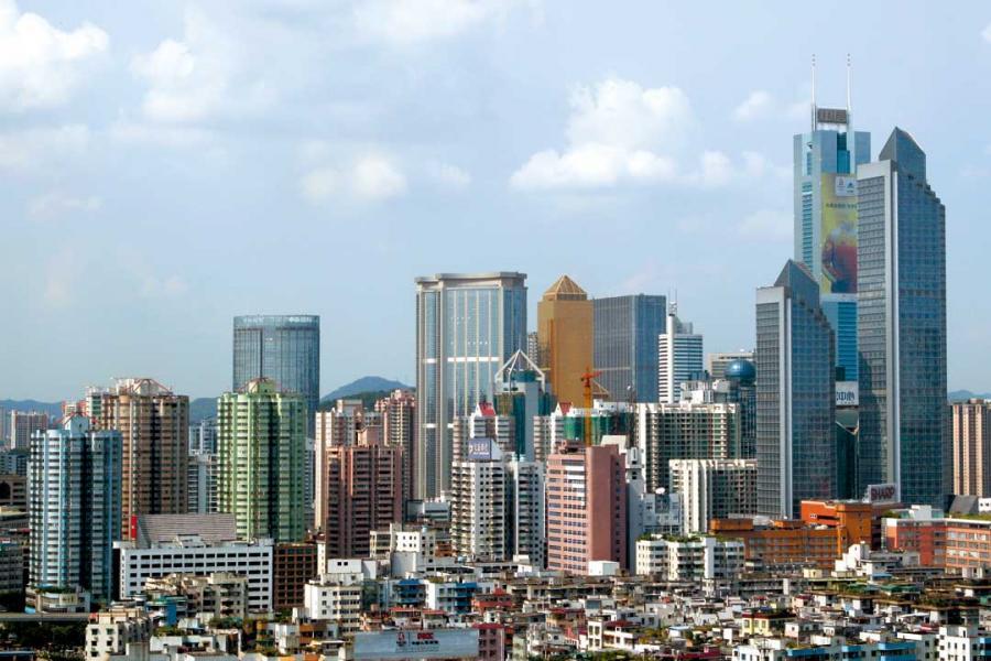 在大灣區放應下,華南城市商業地產投資額大幅增長。