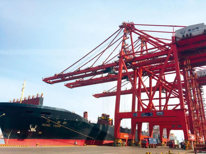 雄安透過優化港口來完善基建。圖為唐山港京唐港區。