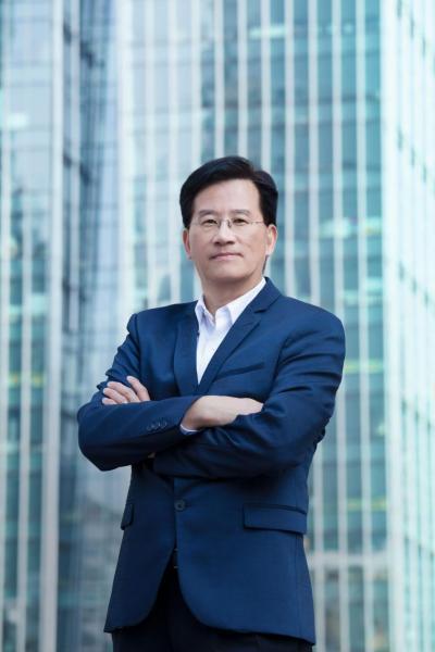 君卓策略控股有限公司主席兼行政總裁李錦堂