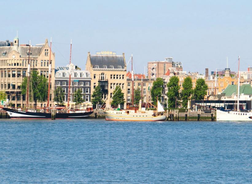鹿特丹為世界自由港之一。