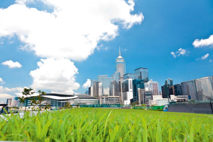 綠色金融已成為全球的投資焦點,香港要維持國際金融中心的地位,必要向此方向發展。