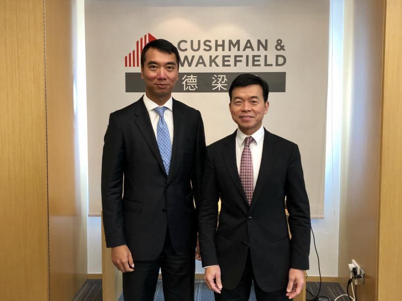 戴德梁行香港投資及顧問服務部執行董事高偉雄(左)及大中華區副總裁及大中華區策略發展顧問部主管陶汝鴻(右)。