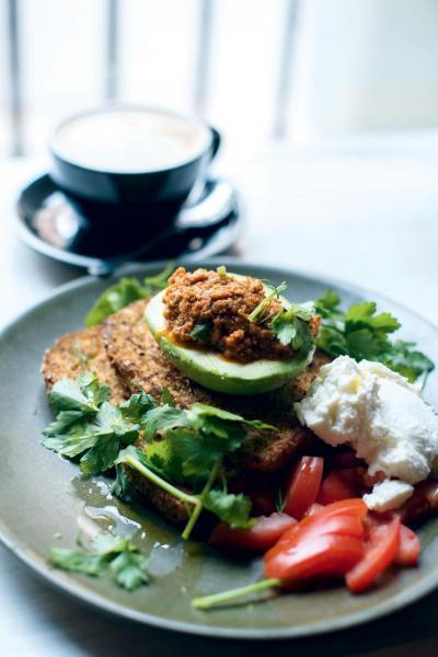 費利曼圖的人都很注重生活質素,Moore & Moore Cafe提供的早餐亦多選有機食材炮製。