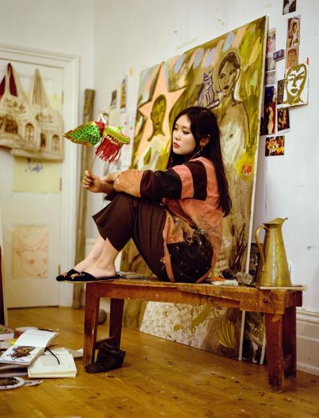 藝壇新星英國華人藝術家Faye Wei Wei