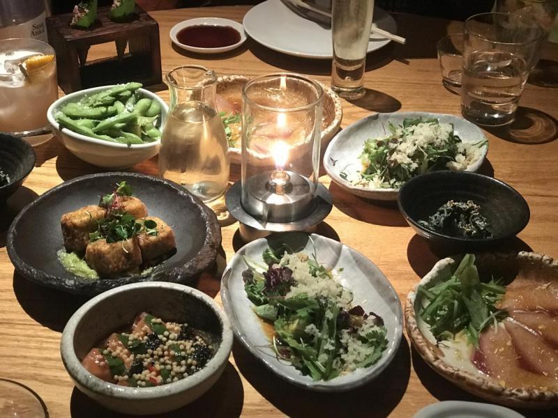 在 Zuma Hong Kong的週五夜食中,打響頭炮的是一連串雅致的開胃日式前菜。