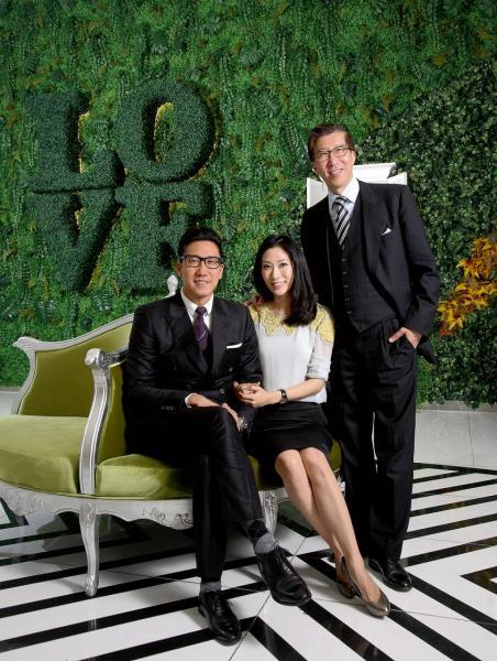 陳裕光坦言是一個開明的父親,鼓勵子女追求夢想,長子浩弘(Robert)及愛女浩寧(Candice)都找到自己的事業一片天。