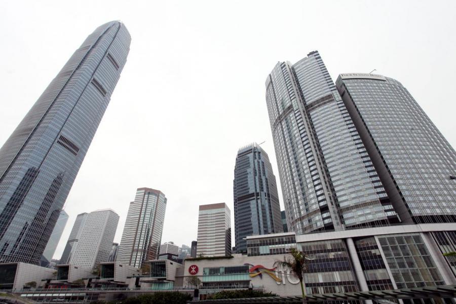 目前中區商廈的空置率低至1.7%,在需求有增無減下,呎價上升的同時,租金亦不斷上漲。