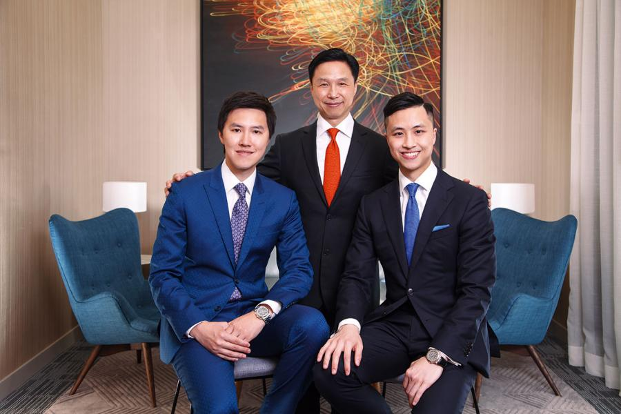 Challenge District區域執行總監Mr. Terence Yee與其兩位公子Mr. Kingsley Yee (左)和Mr. Wai Lun Yee (右)