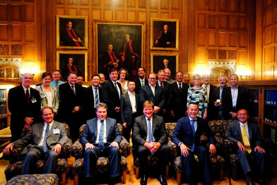 麥迪舜高層管理團隊與梅奧診所高層管理團隊於2014年8月聚首於美國梅奧總部。