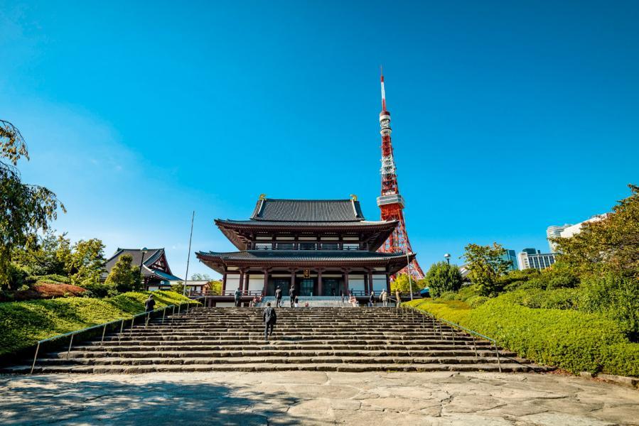 日本是發達的君主立憲國家。