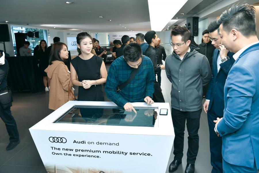 駕駛者只需於「Audi on demand」的網頁上簡單按幾個掣,即可挑選心儀的奧迪型號。