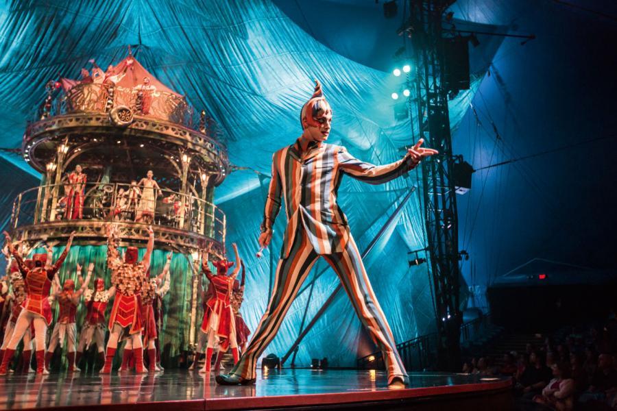 表演基調是輕鬆、有趣、開放而且直接,但也蘊含著許多理念。