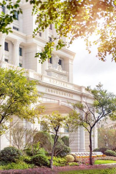 旗下奢華酒店品牌包括:萊佛士、索菲特傳奇及索菲特等。
