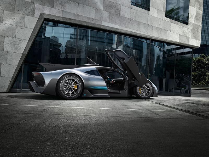 由於量產,市場售價為227萬歐元。
