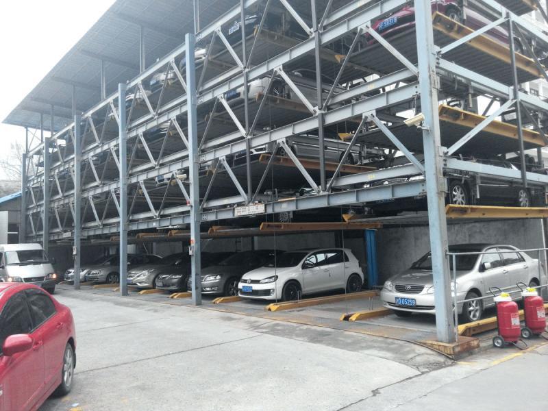 多層格機械化停車場是日本一大特色。