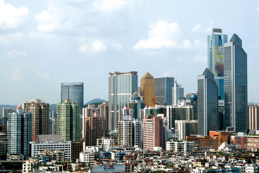 在大灣區,廣州和深圳成為香港強有力的競爭 對手。圖為廣州市容。