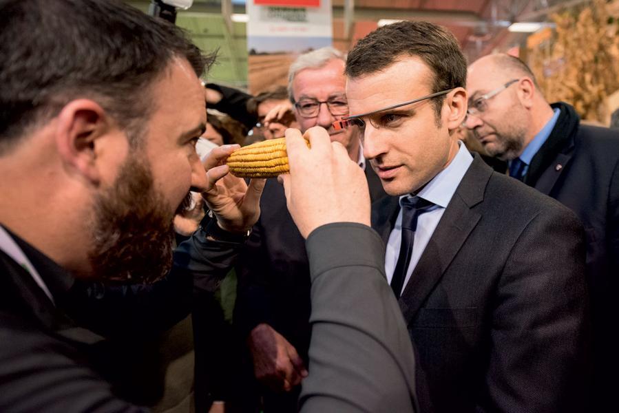 外國智慧型眼鏡年前雖然稍見退潮,但近年已有再次復甦之勢。圖中為法國現任總統馬克龍。