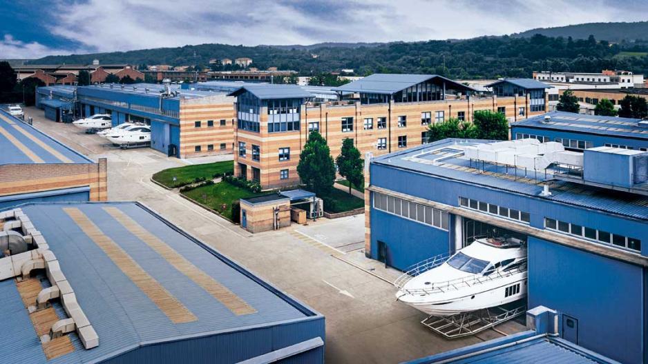 Azimut Yachts位於意大利Avigliana的船廠。