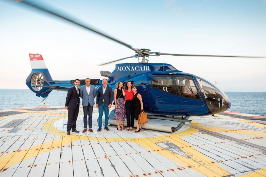 展會涵蓋整個豪華遊艇產業,還吸引了私人飛機、私人直升機等其他奢侈品行業的參與。