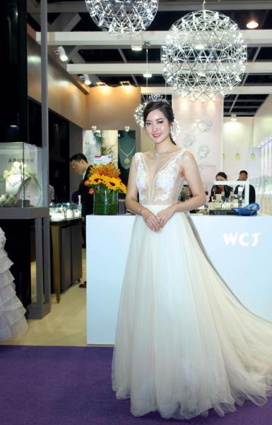 香港國際珠寶展是全球最大的珠寶商貿平台。