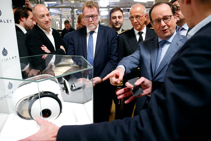 前任法國總統奧朗德(François Hollande)曾於2016參觀該廠房。