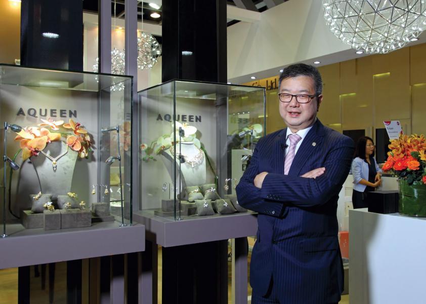 榮昌國際(集團)創辦人及香港珠寶製造業廠商會主席杜源寧。