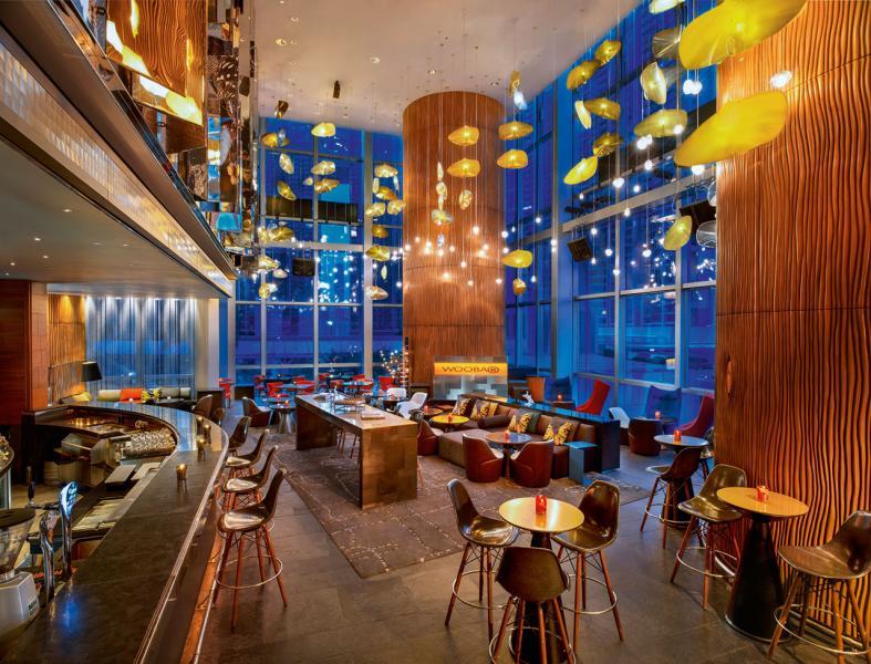 室內設計非常型格的WOOBAR酒吧。