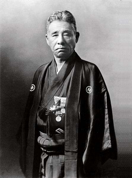 Mikimoto創辦人御木本幸吉(Kokichi Mikimoto)。