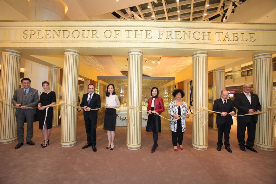 隨著愈來愈受法國政府的器重,Wendy亦經常獲邀出席不同的法國文化活動。