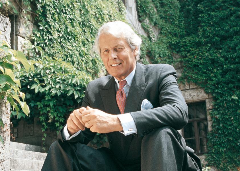 品牌現在由第八代家族成員Anton Wolfgang Graf von Faber-Castell 伯爵管理。