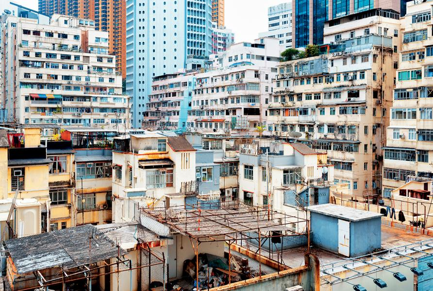 近年香港劏房問題日趨嚴峻。