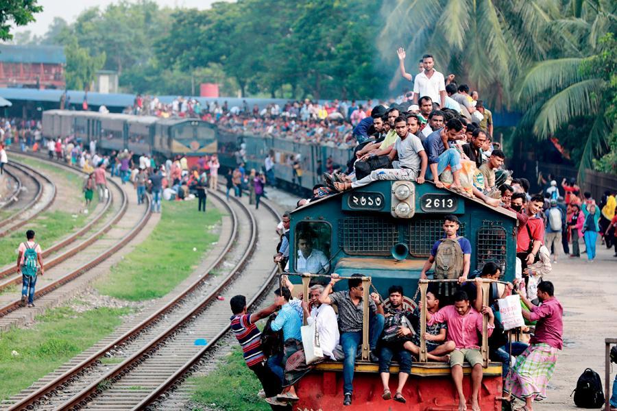 孟加拉年輕人口眾多,提供大量廉價勞動力。